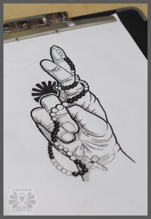 hand by Karviniya