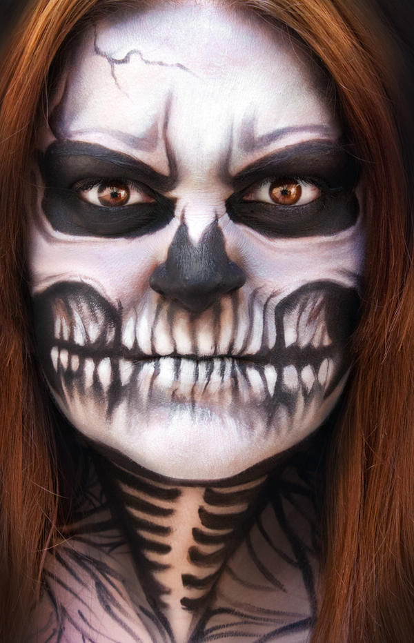 Face Painting - SKULL by Gionetti