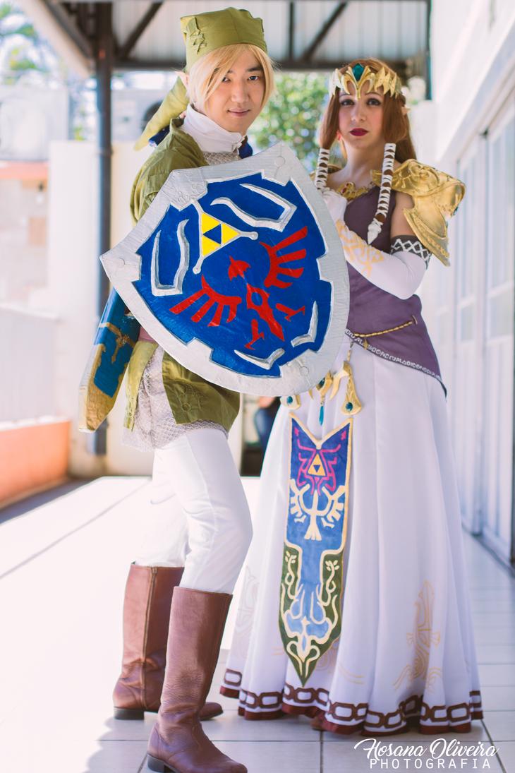 Link and Princess Zelda by TeaMazaki