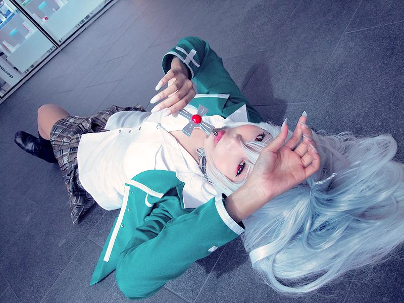 Moka Vampire by Inushio