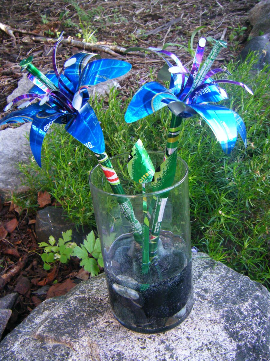 Цветы из жестяных банок - Бугага 40