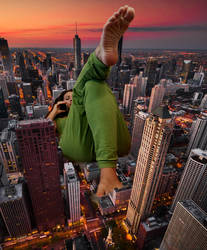 giantess on a cell phone bad for city