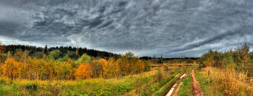 Autumn. Sky. Pano1 by DenChetto