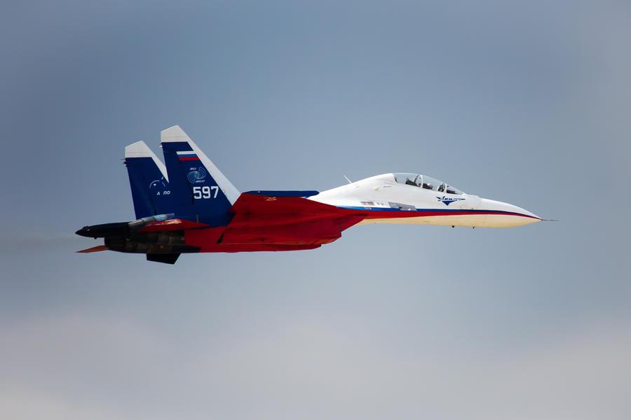 Sukhoi Su-30 by DenChetto