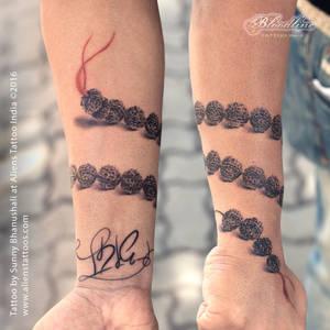 Rudraksha Armband Tattoo