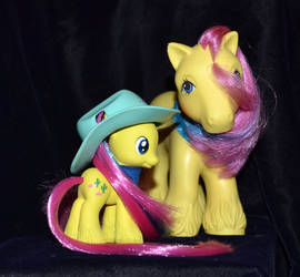Hey cowboy, can I borrow your hat? by Soulren