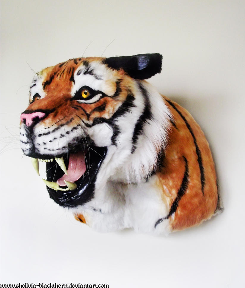 Tiger Lifesize 2 by Hidden-Treasury