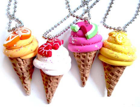 Waffle Cone Ice Cream Necklace by geurge - Tak�,Giysi ve Ayakkab�lar ! �ok Tatl�lar !