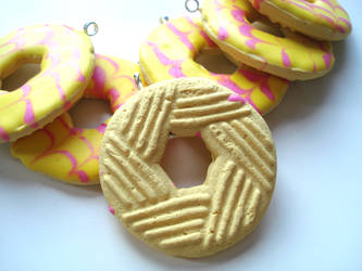 Party Ring Charms by geurge