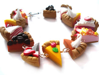 pie slice bracelet by geurge