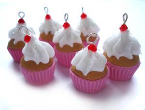 Creamy Crystal Cupcake Charms
