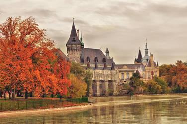Autumn Kingdom by DarkJade21