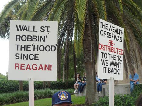 ...Robbin' the 'hood'...