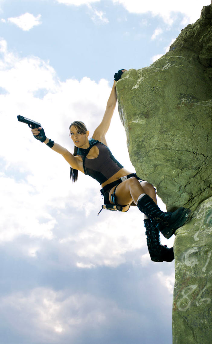 Tomb Raider Underworld: Hang by JennCroft