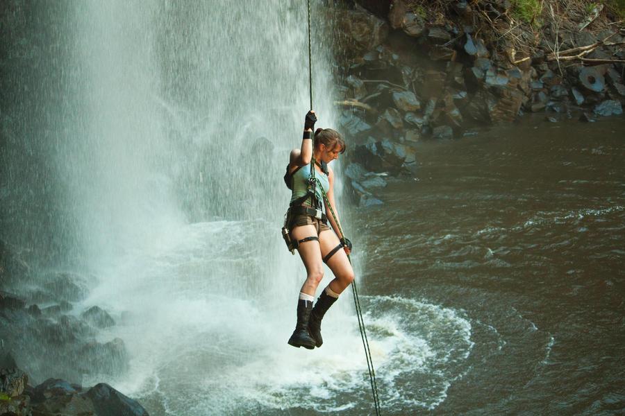 Tomb Raider Alternate: Down by JennCroft