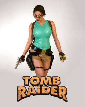 Classic Lara Croft Cosplay