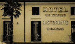 Hotel 'n' Ristorante by UrbanShots
