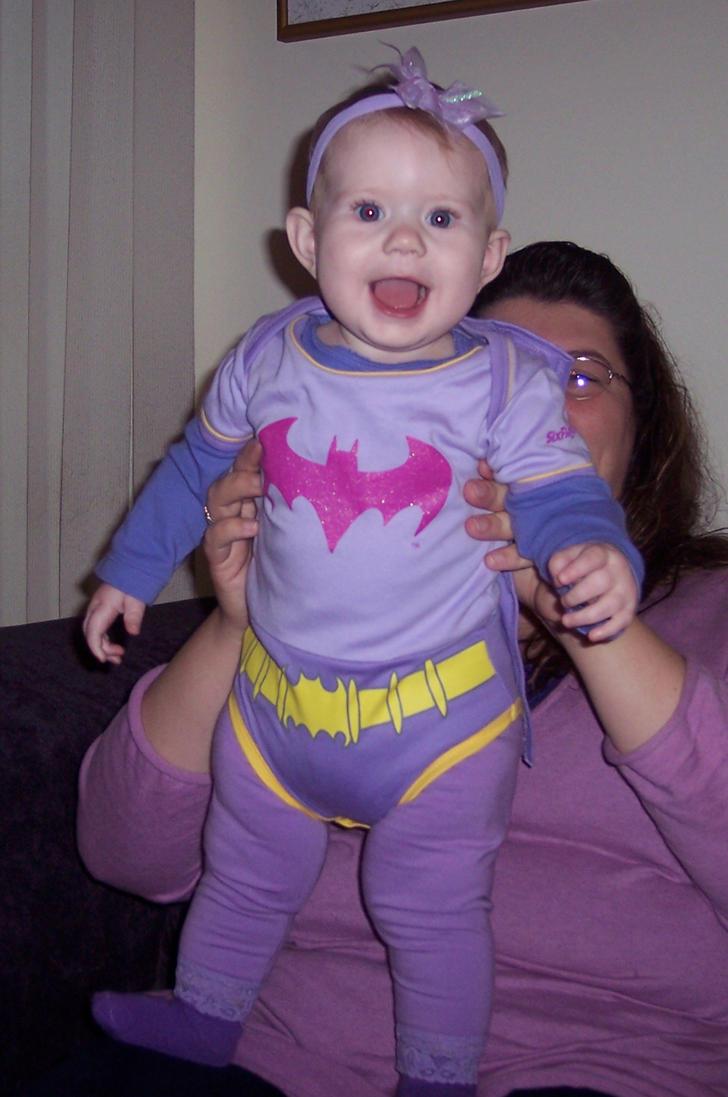 Batgirl Rises by Treyos