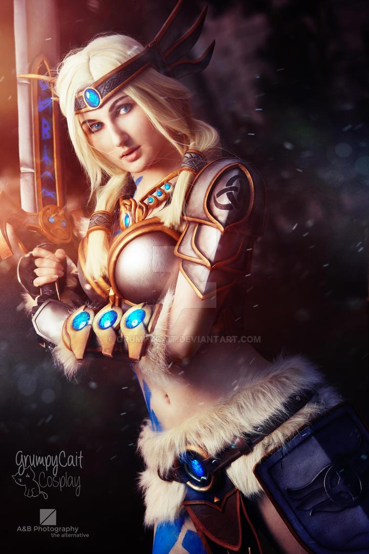 Smite Freya cosplay by GrumpyCait