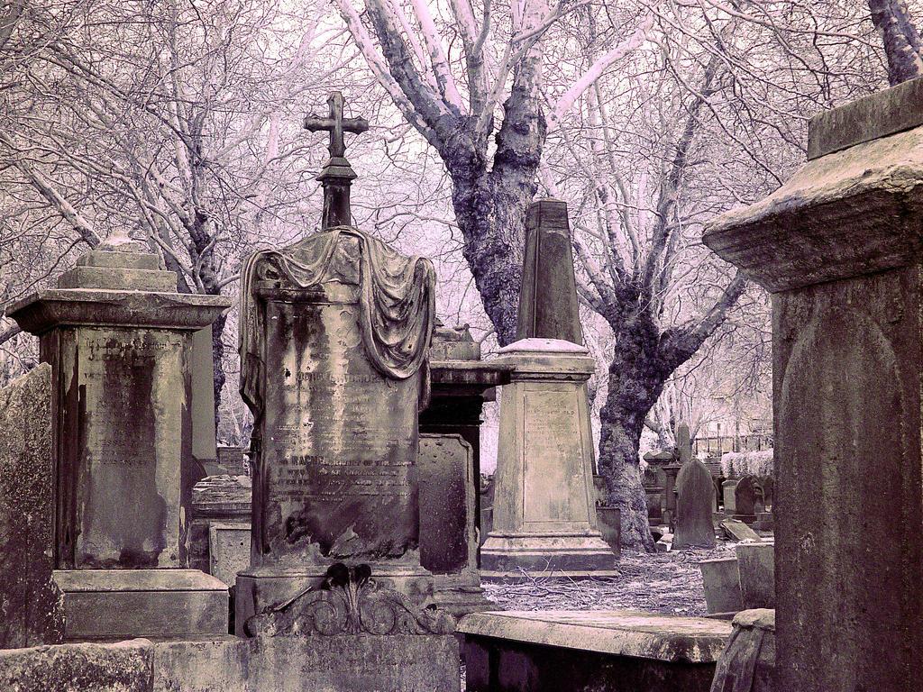 Graveyard, Brum by Sildilart