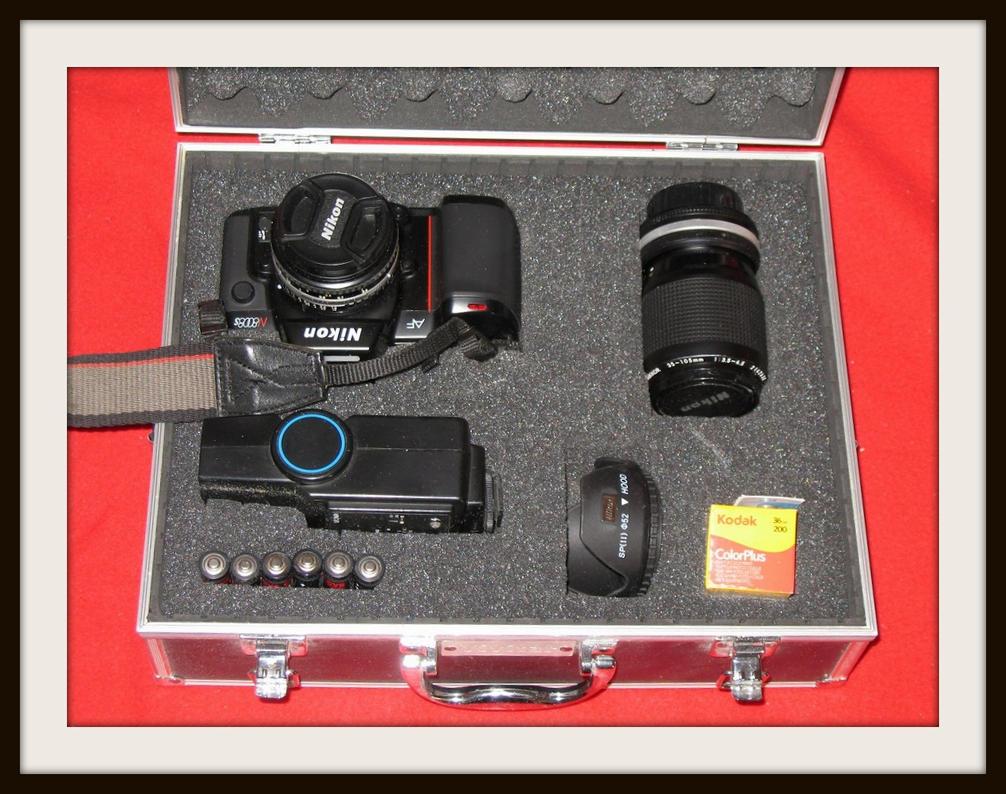 Nikon N8008S -AF Kit by FallisPhoto