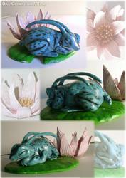 Ginyu Frog Sculpture by DeadlyChestnut