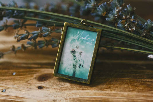 Make a Wish Dandelion Pendant Necklace