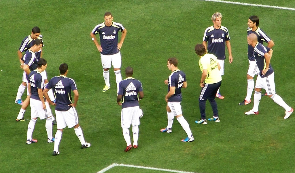 Real Madrid players warming up by AleksVarts