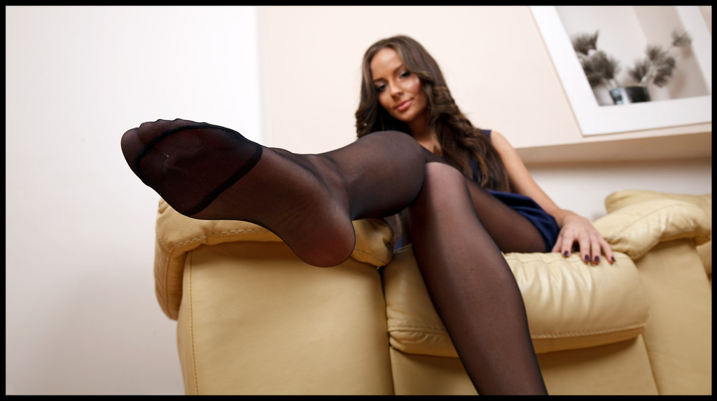 Darkness Pantyhose And 48