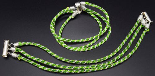 Kumihimo - Green Three-Strand Bracelet by LissaMonster