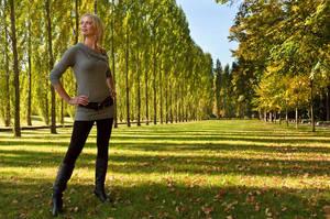 Herbst im Treptower Park by spidercuffs
