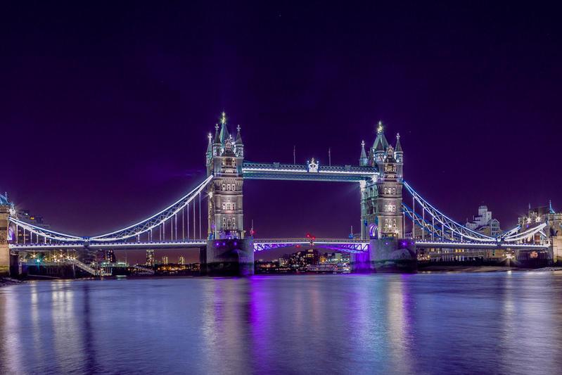 Tower Bridge by crazycrash