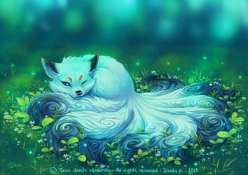 White Kitsune by o0dzaka0o