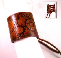 Steampunk Geared Cuff1 by Skinz-N-Hydez