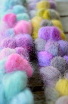 Hand Dyed Roving