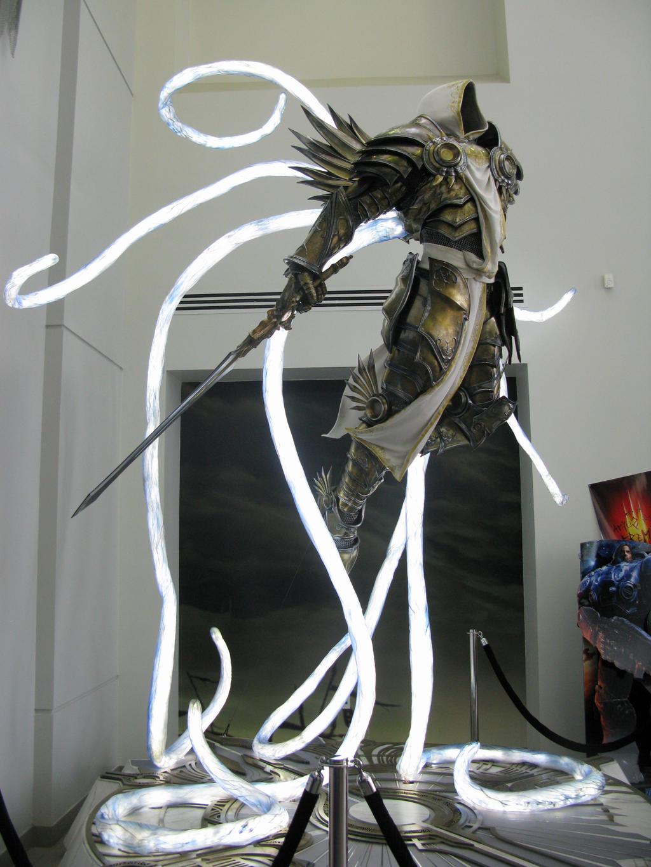 Diablo 3 Tyrael statue by SPPlushies