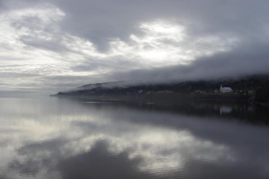 [Image: foggy_day_on_pointe_navarre_by_profpa-d5jxv9r.jpg]
