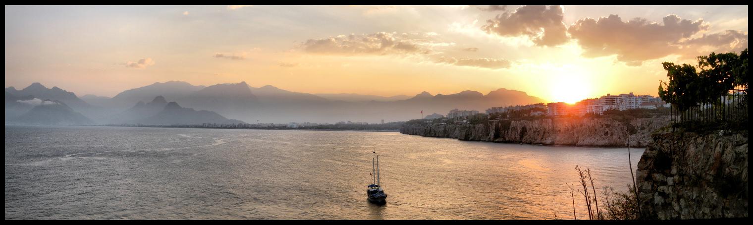 Antalya Sunset by cheyrek