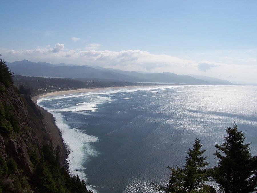 Oregon Coast by Raggybabe