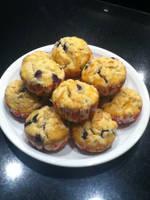Blueberrry muffins by xXxBheithirxXx