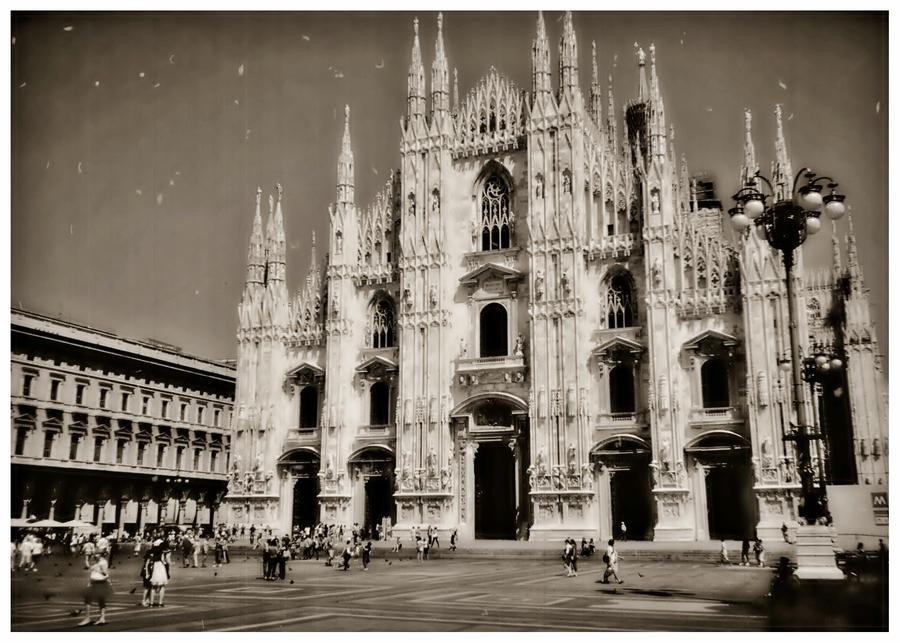 Milan by akki64