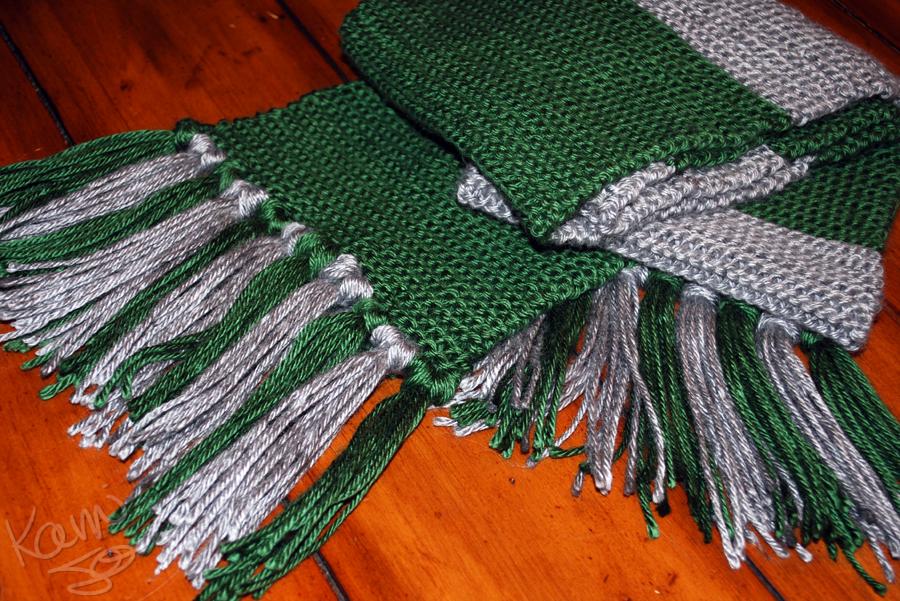 Slytherin Scarf Knitting Pattern : Slytherin Scarf by kamijo on DeviantArt