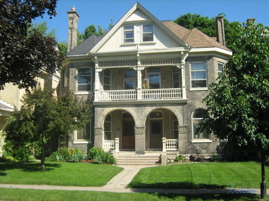 a symmetrical house by kurista ... & a symmetrical house by kurista on DeviantArt