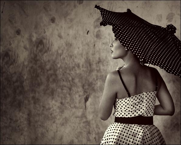 Umbrella Girl by endintears - Avatar Bulmaca