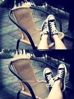 waiting by DodoLeMbeM