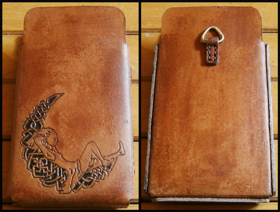 [Obrazek: leather_cell_case_by_simoniculus-d6ynuqz.jpg]