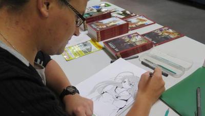 Moi en train de dessiner sur un salon by chibidamz on for Dessiner un salon