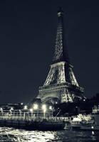Eiffel and Seine by serpentsigh