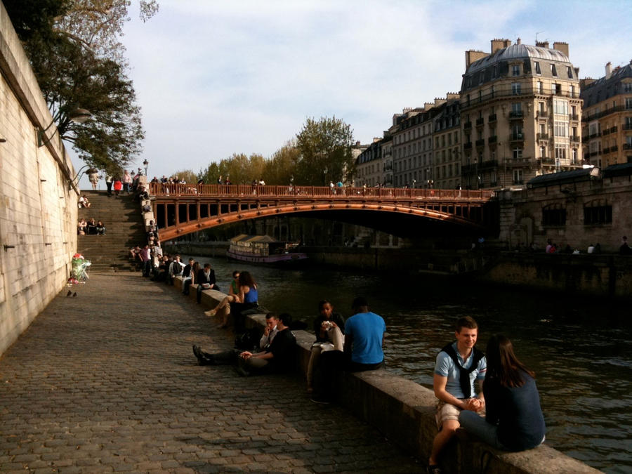 Ah, Paris by Shroomkin