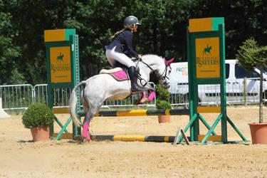 Jumping 056